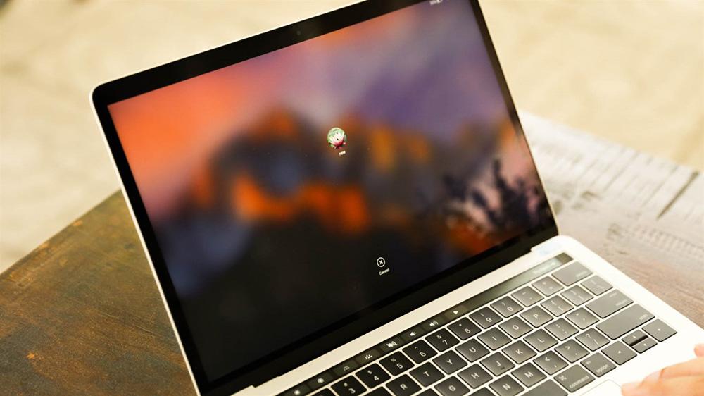 macbook-pro-touchbar.