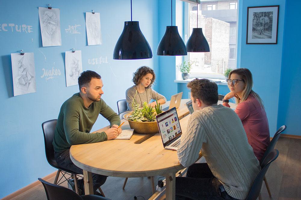 teamwork-design-digital-agency..pagespeed.ce.V_4En_3Dxj.