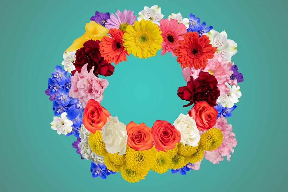 shutterstock-free-flower-images-wreath.